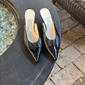 Salvatore Ferragamo leather mules size 7,5